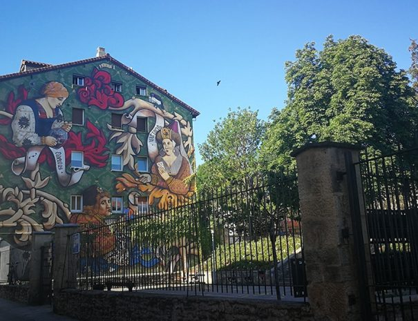 mural trinfo de victoria visita guiada Guias Artea