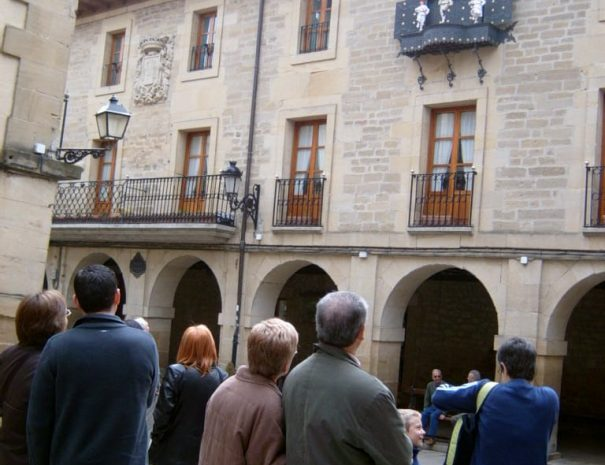 turismo rioja - ruta guiada por Laguardia con Guias Artea