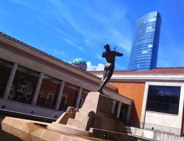 Turismo en Bilbao en tour privado con Guias Artea